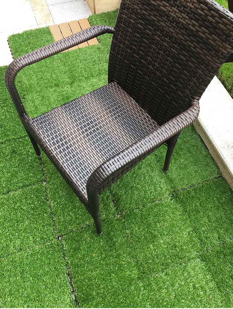 Tấm cỏ nhựa nhân tạo